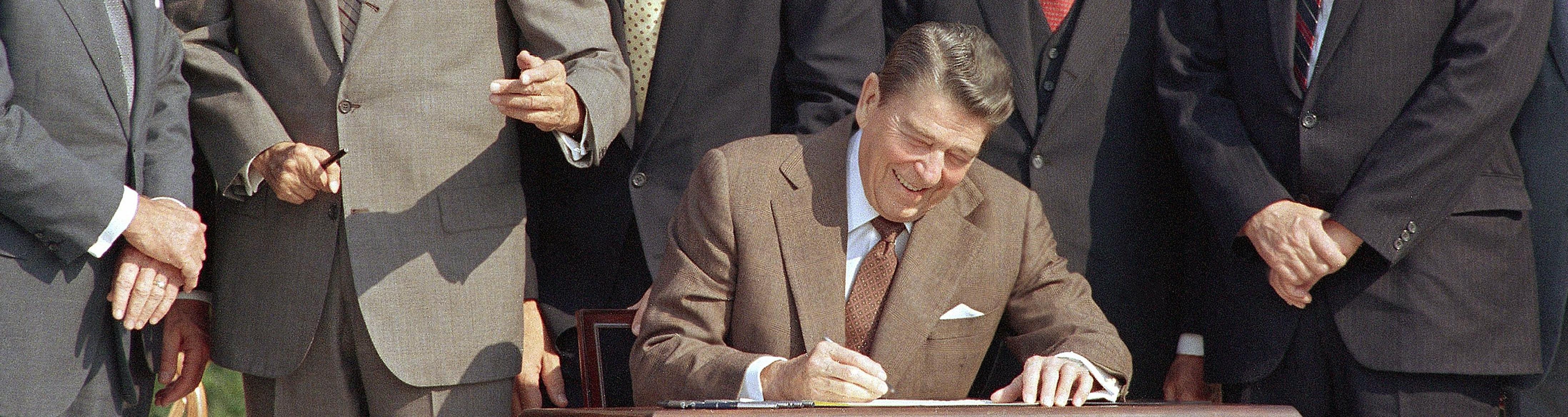 Reagan Leonard Nude Photos 30